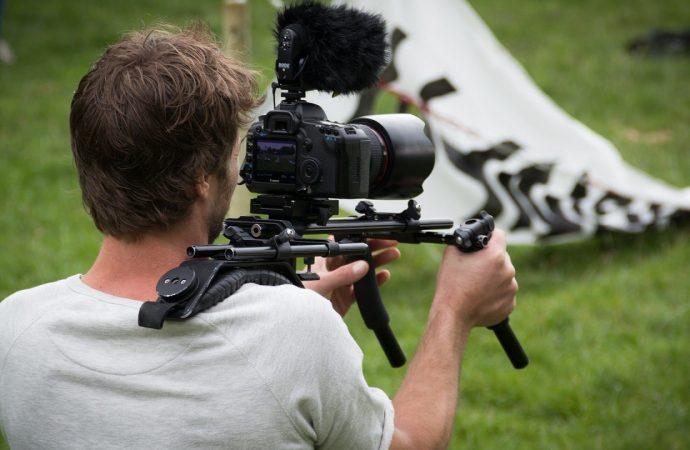 Les astuces pour tourner un clip vidéo à un prix intéressant