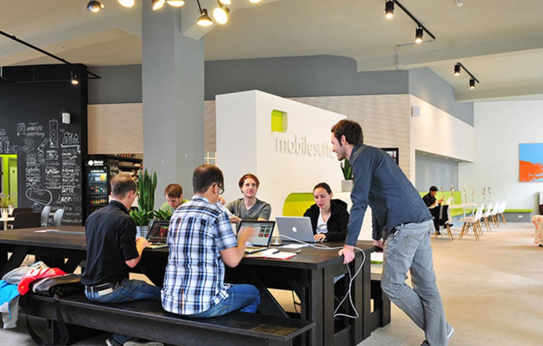 Meeting Point: Des bureaux confortables pour tous !